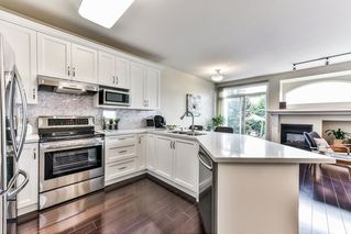 """Photo 9: 8683 207 Street in Langley: Walnut Grove House for sale in """"DISCOVERY TOWNE"""" : MLS®# R2178998"""