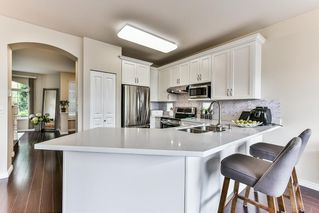 """Photo 11: 8683 207 Street in Langley: Walnut Grove House for sale in """"DISCOVERY TOWNE"""" : MLS®# R2178998"""