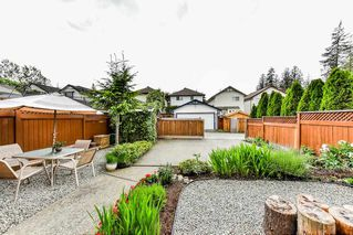 """Photo 2: 8683 207 Street in Langley: Walnut Grove House for sale in """"DISCOVERY TOWNE"""" : MLS®# R2178998"""