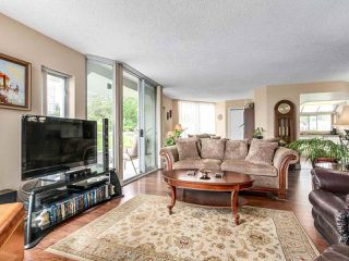 "Photo 5: 801 69 JAMIESON Court in New Westminster: Fraserview NW Condo for sale in ""PALACE QUAY"" : MLS®# R2182882"
