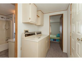 """Photo 15: 46 15875 20 Avenue in Surrey: King George Corridor Manufactured Home for sale in """"SEA RIDGE BAYS"""" (South Surrey White Rock)  : MLS®# R2192542"""