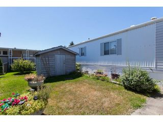 """Photo 2: 46 15875 20 Avenue in Surrey: King George Corridor Manufactured Home for sale in """"SEA RIDGE BAYS"""" (South Surrey White Rock)  : MLS®# R2192542"""