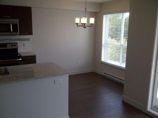 "Photo 5: 513 13883 LAUREL Drive in Surrey: Whalley Condo for sale in ""Emerald Heights"" (North Surrey)  : MLS®# R2197225"