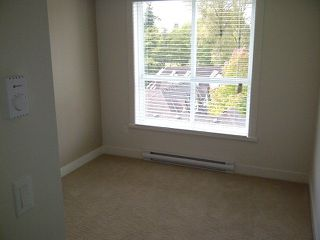 "Photo 4: 513 13883 LAUREL Drive in Surrey: Whalley Condo for sale in ""Emerald Heights"" (North Surrey)  : MLS®# R2197225"