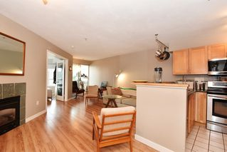 Photo 4: 204 1707 CHARLES Street in Vancouver: Grandview VE Condo for sale (Vancouver East)  : MLS®# R2209224