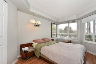 Photo 9: 204 1707 CHARLES Street in Vancouver: Grandview VE Condo for sale (Vancouver East)  : MLS®# R2209224