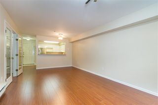 Photo 4: 109 1199 WESTWOOD STREET in Coquitlam: North Coquitlam Condo for sale : MLS®# R2202649