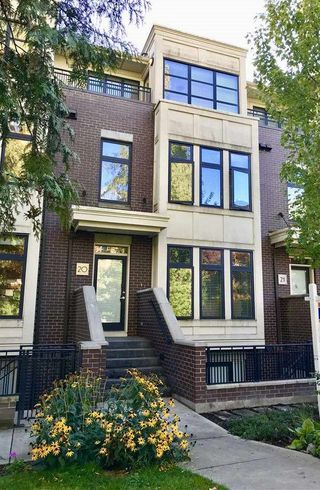 """Photo 1: 20 5879 GRAY Avenue in Vancouver: University VW Townhouse for sale in """"CRESCENT WEST"""" (Vancouver West)  : MLS®# R2214260"""