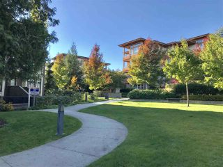"""Photo 2: 20 5879 GRAY Avenue in Vancouver: University VW Townhouse for sale in """"CRESCENT WEST"""" (Vancouver West)  : MLS®# R2214260"""