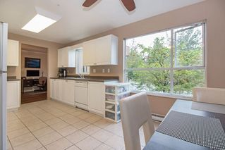 """Photo 8: 210 2285 PITT RIVER Road in Port Coquitlam: Central Pt Coquitlam Condo for sale in """"SHAUGHNESSY MANOR"""" : MLS®# R2233652"""