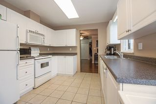 "Photo 9: 210 2285 PITT RIVER Road in Port Coquitlam: Central Pt Coquitlam Condo for sale in ""SHAUGHNESSY MANOR"" : MLS®# R2233652"