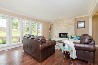 """Photo 5: 1008 CORONA Crescent in Coquitlam: Chineside House for sale in """"Chineside"""" : MLS®# R2239554"""