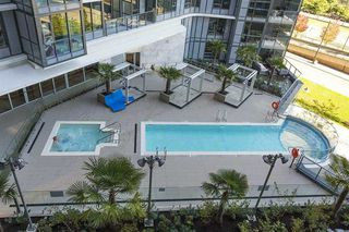 Photo 17: 2051 38 Smithe in Vancouver: Condo  : MLS®# R2222699