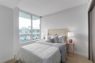 Photo 15: 2051 38 Smithe in Vancouver: Condo  : MLS®# R2222699