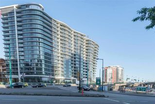 Photo 1: 2051 38 Smithe in Vancouver: Condo  : MLS®# R2222699