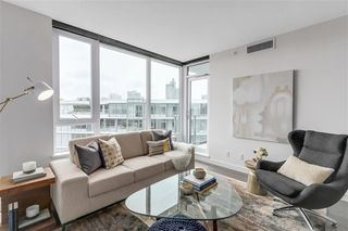 Photo 4: 2051 38 Smithe in Vancouver: Condo  : MLS®# R2222699