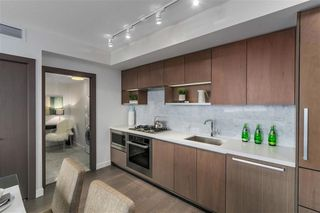 Photo 7: 2051 38 Smithe in Vancouver: Condo  : MLS®# R2222699