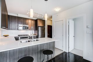 """Photo 9: 2503 2789 SHAUGHNESSY Street in Port Coquitlam: Central Pt Coquitlam Condo for sale in """"THE SHAUGHNESSY"""" : MLS®# R2255275"""