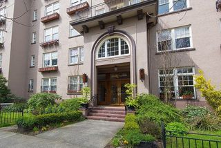 "Main Photo: 46 1101 NICOLA Street in Vancouver: West End VW Condo for sale in ""Queen Charlotte"" (Vancouver West)  : MLS®# R2261291"