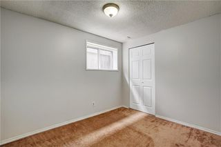 Photo 18: 8608 BERWICK Road NW in Calgary: Beddington Heights Semi Detached for sale : MLS®# C4187244