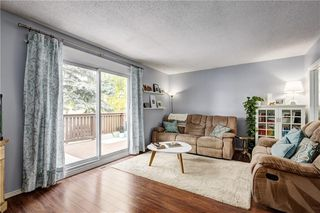 Photo 3: 8608 BERWICK Road NW in Calgary: Beddington Heights Semi Detached for sale : MLS®# C4187244