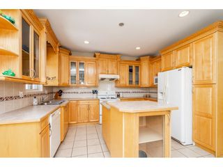 Photo 9: 8051 146A Street in Surrey: Bear Creek Green Timbers House for sale : MLS®# R2286679