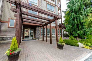 "Photo 2: 100 15268 18 Avenue in Surrey: King George Corridor Condo for sale in ""Park Place"" (South Surrey White Rock)  : MLS®# R2295314"