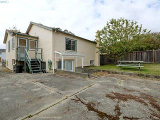 Photo 22: 114 E Maddock Ave in VICTORIA: Vi Burnside House for sale (Victoria)  : MLS®# 798646