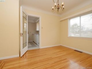Photo 5: 114 E Maddock Ave in VICTORIA: Vi Burnside House for sale (Victoria)  : MLS®# 798646