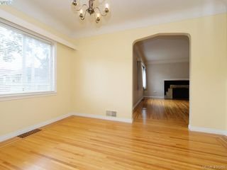 Photo 6: 114 E Maddock Ave in VICTORIA: Vi Burnside House for sale (Victoria)  : MLS®# 798646