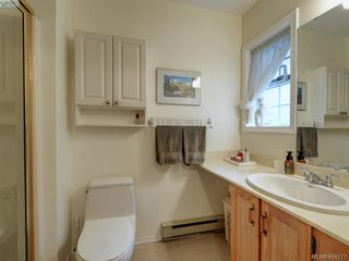 Photo 12: 997 Scottswood Close in VICTORIA: SE Broadmead Single Family Detached for sale (Saanich East)  : MLS®# 804307