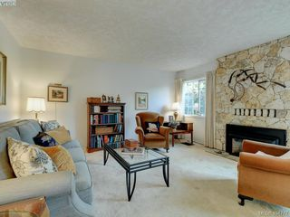 Photo 9: 997 Scottswood Close in VICTORIA: SE Broadmead House for sale (Saanich East)  : MLS®# 804307