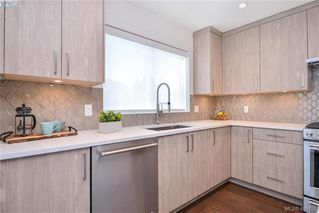 Photo 13: 9 1032 Cloverdale Ave in VICTORIA: SE Quadra Row/Townhouse for sale (Saanich East)  : MLS®# 805058