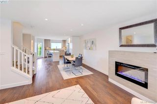 Photo 5: 9 1032 Cloverdale Ave in VICTORIA: SE Quadra Row/Townhouse for sale (Saanich East)  : MLS®# 805058