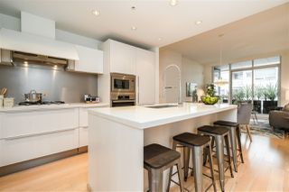 "Photo 2: 313 77 WALTER HARDWICK Avenue in Vancouver: False Creek Condo for sale in ""KAYAK"" (Vancouver West)  : MLS®# R2337968"