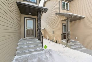 Photo 2: 5415 5 Avenue in Edmonton: Zone 53 House for sale : MLS®# E4144290