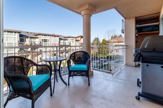 "Photo 12: 305 13733 74 Avenue in Surrey: East Newton Condo for sale in ""KNIGHTS COURT/KNIGHTBRIDGE"" : MLS®# R2345275"