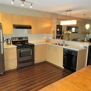 """Photo 3: 83 20875 80 Avenue in Langley: Willoughby Heights Townhouse for sale in """"Pepperwood"""" : MLS®# R2347213"""