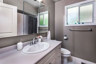 Photo 11: 936 FRESNO Place in Coquitlam: Harbour Place House for sale : MLS®# R2347848