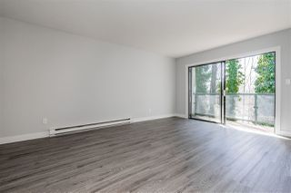 "Photo 5: 204 33598 GEORGE FERGUSON Way in Abbotsford: Central Abbotsford Condo for sale in ""Nelson Manor"" : MLS®# R2352878"