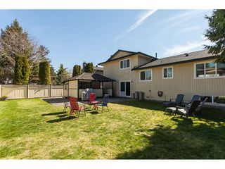 Photo 2: 13057 62B Avenue in Surrey: Panorama Ridge House for sale : MLS®# R2352954