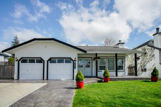 """Main Photo: 5896 169 Street in Surrey: Cloverdale BC House for sale in """"Richardson Ridge"""" (Cloverdale)  : MLS®# R2356896"""