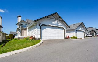 """Main Photo: 103 19649 53 Avenue in Langley: Langley City Townhouse for sale in """"HUNTSFIELD GREEN"""" : MLS®# R2359746"""