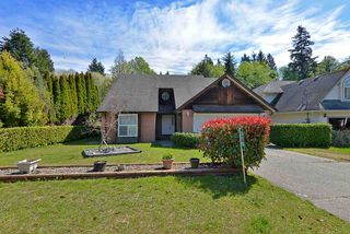 Photo 1: 310 COCHRANE Road in Gibsons: Gibsons & Area House for sale (Sunshine Coast)  : MLS®# R2363365