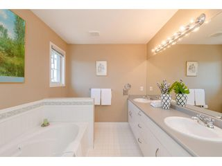 "Photo 12: 6 6177 169 Street in Surrey: Cloverdale BC Townhouse for sale in ""Northview Walk"" (Cloverdale)  : MLS®# R2364005"