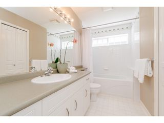 "Photo 15: 6 6177 169 Street in Surrey: Cloverdale BC Townhouse for sale in ""Northview Walk"" (Cloverdale)  : MLS®# R2364005"