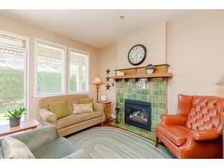 "Photo 10: 6 6177 169 Street in Surrey: Cloverdale BC Townhouse for sale in ""Northview Walk"" (Cloverdale)  : MLS®# R2364005"