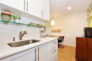 """Photo 12: 111 288 E 14TH Avenue in Vancouver: Mount Pleasant VE Condo for sale in """"VILLA SOPHIA"""" (Vancouver East)  : MLS®# R2374657"""