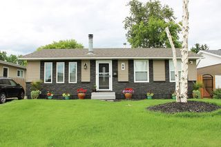 Photo 1: 48 Henry Avenue NW in Edmonton: Zone 35 House for sale : MLS®# E4161023