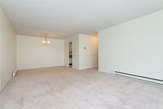 "Photo 12: 106 32910 AMICUS Place in Abbotsford: Central Abbotsford Condo for sale in ""Royal Oaks"" : MLS®# R2381104"